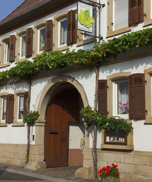Das Wein- und Sektgut Roth in Roschbach.