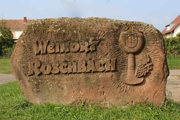 Der Weinort Roschbach begrüßt seine Gäste